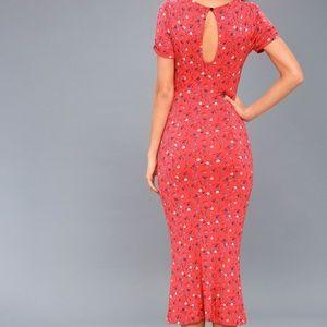 eb4d4a61610 Free People Dresses - NWT FREE PEOPLE CAROLINE FLORAL PRINT MIDI DRESS
